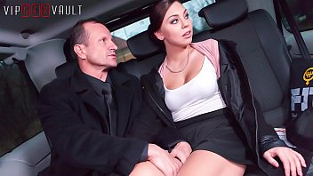 VIP SEX VAULT - Czech Morgan Rodriguez Gets Smashed In Traffic