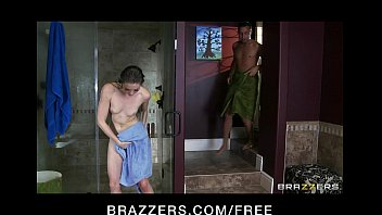 Cute skinny teen Jessie Andrews fucked hard fresh out the shower porno izle