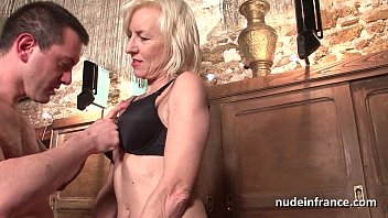 Sexy Amateur French Mature Deep Analized With Cum 2 Mouth In A Bar