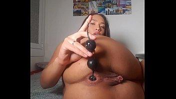 Puta se mete juguetes por el culo Briana Banderas porno izle