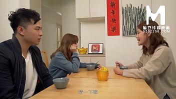 【国产】麻豆传媒作品/MD-0142 母女双飞闹元宵 001/免费观看