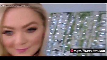 Milf Exposed with Big Ass On Public Webcam - MyMilfSexCam.com 5分钟