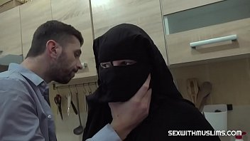 Hairy muslim wife was punished by hard sex porno izle
