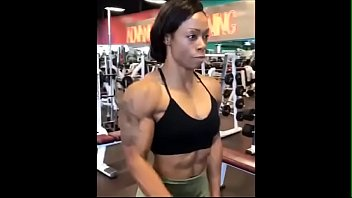 Ebony Milf I met on Snapebony.com Muscles