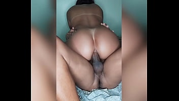 Naughty married having her ass skinned on the bed at home. (Complete in Red)
