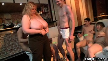 Super enormoustits fatty banging porn bbw party