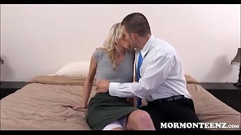 Virgin Mormon Teen First Time 8分钟