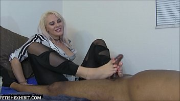 Vicky Vixxx Fantasy Foot Job Cum True!