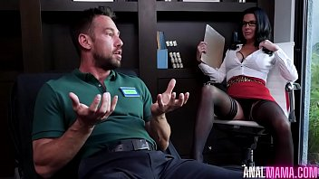 Psychologist Veronica Avluv Does anal With her Patient