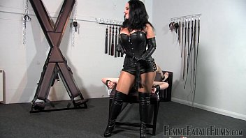 Bdsm leather head gear - Under my arse part3 - mistress ezada sinn - femmefatalefilms - facesitting