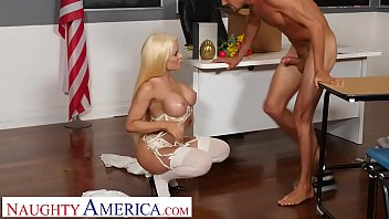 naughty america: nikki delano gets sperm donated by student thumbnail