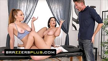 (LaSirena69) Takes Her Bf's AJ Massage Slot Loo...