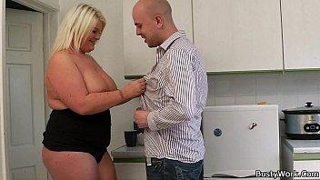 He licks and fucks chubby big tits blonde Vorschaubild
