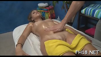 Massage turns i nto sex