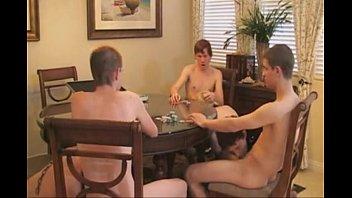 jeunes gay bdsm poker 3