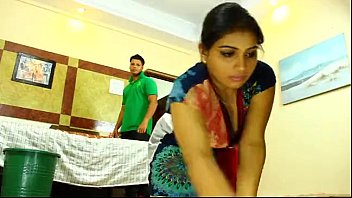 Indian Maid | More videos with this girl - likefucker.com 4分钟