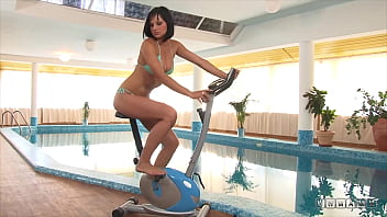 Short hair brunette Impaled by big dick 43分钟