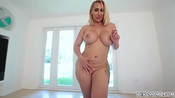 Busty housewife Lavender Rayne is swallowing a hard dick