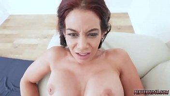 Webcam brunette anal sex Ryder Skye in Stepmother Sex Sessions 5分钟