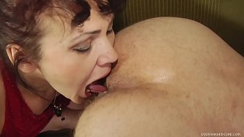 Hommes matures - Mature lady with young guy