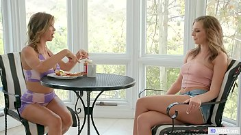 MOMMY'S GIRL - Mom and Daughter can squirt like hydrants - Alexis Fawx and Tiffany Watson thumbnail
