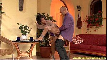 Lilith braucht auch etwas pisse! – Amateurs Porn amateurspornvideos.com