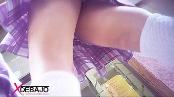 Upskirt: 3 Colegials en uno, bueno culitos, lastima q todas con shorts