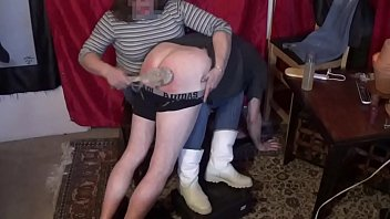 Streaming Video Over Mistress Liz Knee's - XLXX.video
