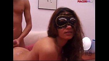 Porno amatoriale italiano Michelle e Carlo Boss mascherina