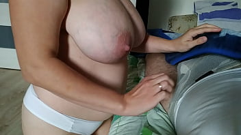 stepsister went to her brother to suck cock