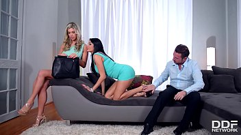 Intense foot sex threesome with leggy stunners Anissa Kate & Eva Parcker