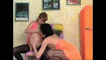 Pregnant Girls Double Fisting thumbnail