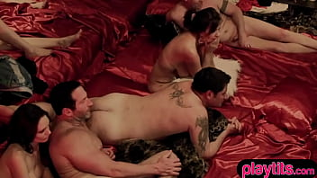 Two amateur couple decided to swinger a bit