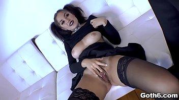 Kendra Spade gets a hot ANAL sex