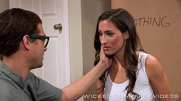 Brandy tayler big tits - Liz tayler gets her satisfaction