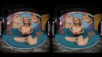 Solo Blonde Honey, Loren Is Wildly Masturbating, In VR