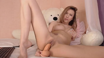 russian model on chaturbate tease