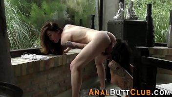 Kinky lezbo tonguing butt