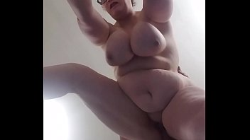 Bbw huge tit wife from behind..view from below 4 min