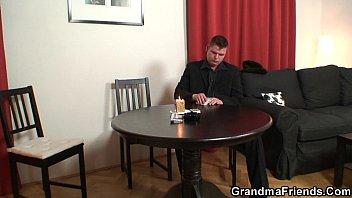 Strip poker leads to hard threesome 6 min