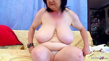 Big natural Tits BBW Granny Seduce to Fuck by Young Guy