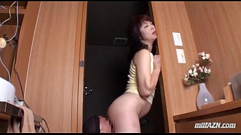 Mature Woman Sitting On Guy Face Getting Her Pussy Licked In The Toilette And In
