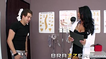 Doctors Adventure - Dirty doctor (Jessica Jaymes) Take Up The Stethoscope And Fucks - Brazzers 8分钟