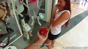 Swe strawberry Prsita fuck in a WC
