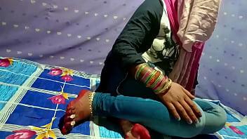 छोटी साली की जींस उतार के दर्दनाक चुदाई वो भी हिंदी में अश्लील 10
