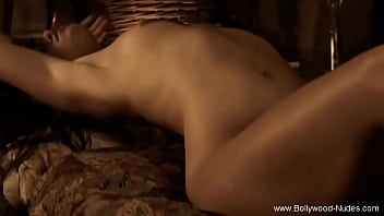 Sensual Movement From Exotic East India While Dancing  - 69VClub.Com