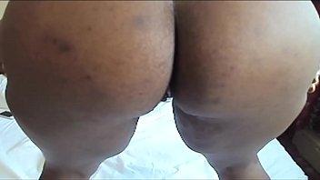 Sexy girls farting Image