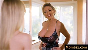 Daughter Envies Moms Big Tits porno izle