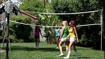 lesbian voleyball 24分钟