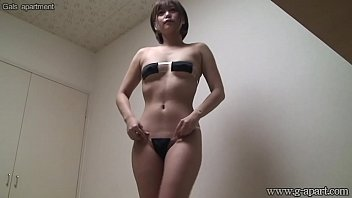 Japanese Teen Change Clothes